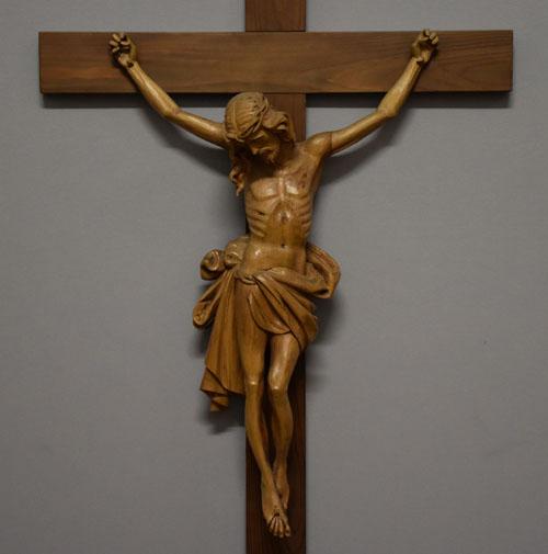 Kruzifix aus Linde